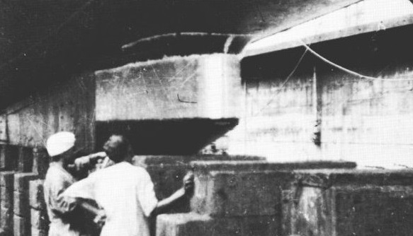 Fig 4: The dome for the 129 ASDIC set at the forward end of Telemachus ballast keel. The photograph was taken at Singapore in 1952 (Gus Briton).<br><br>Inside rotates a quartz/steel receiving transducer, controlled by an azimuth manual controller in the Control Room. There is also an oscillator for transmissions.