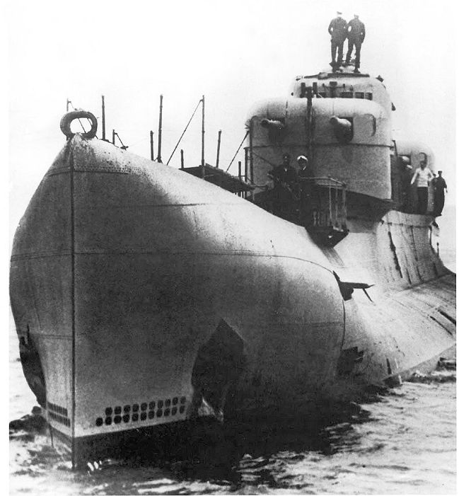 X1 showing bulbous bow and forward turret