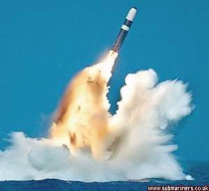 D5 being test fired from HMS Vigilant