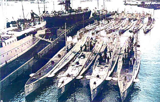 German U-boats in Kiel in May 1914